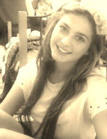 Jeune femme de 23 ans sur Evreux pour un plan q